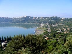 <b>View of Castelgandolfo</b>