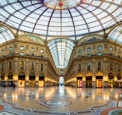 <b>The Galleria Vittorio Emanuele II in the centre of Milan</b>