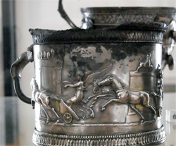 <b>Silver cup from Pompeii</b>