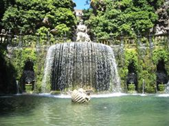 <b>One of the fountains of Villa D'Este</b>