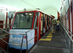 <b>Train Cable car in Capri</b>